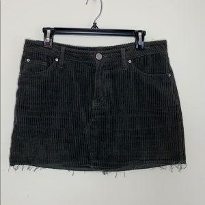 BDG Raw Edge Corduroy Skirt (D85)